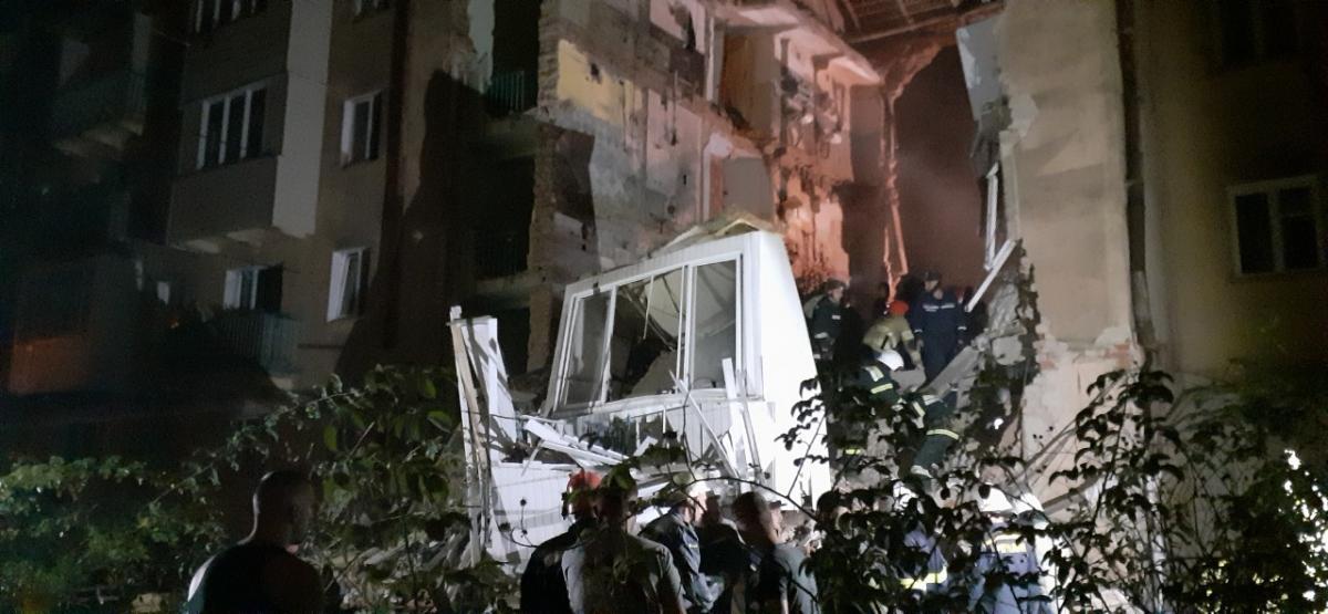 В Дрогобыче ночью взорвался жилой дом / dsns.gov.ua