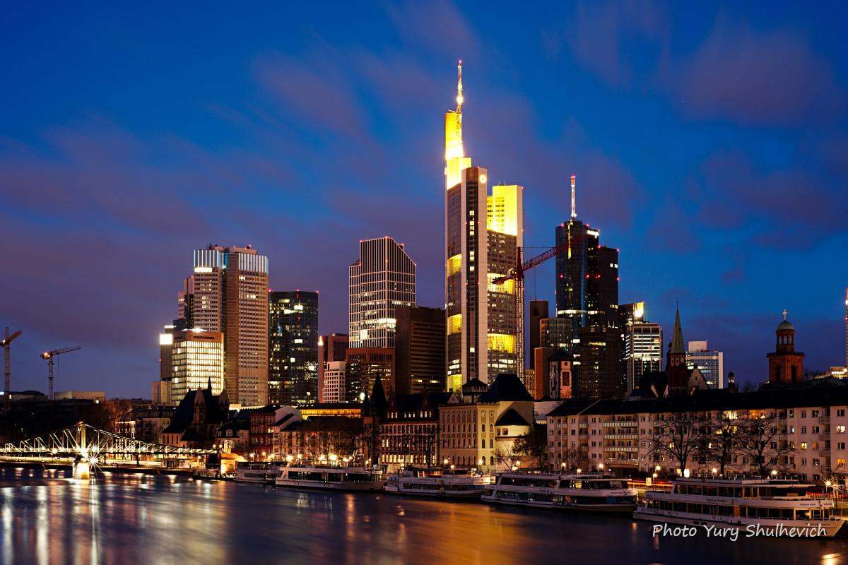 Франкфурт-на-Майні входить до двадцятки альфа-міст світу / фото Yury Shulhevich