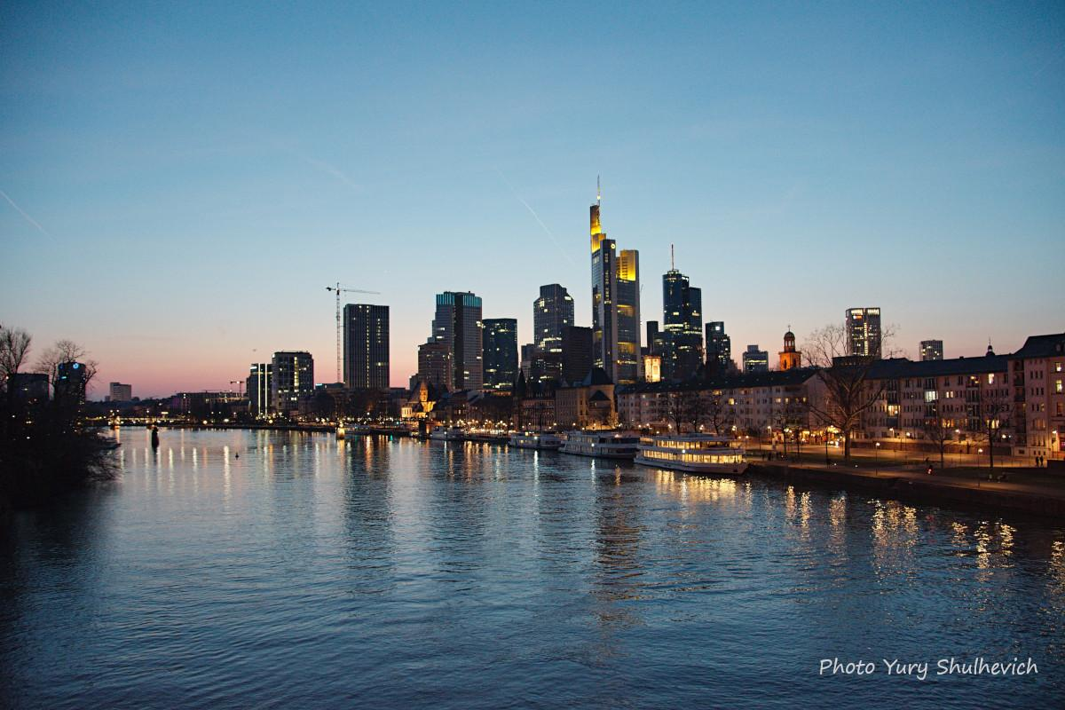 Франкфурт - фінансове серце Німеччини / фото Yury Shulhevich