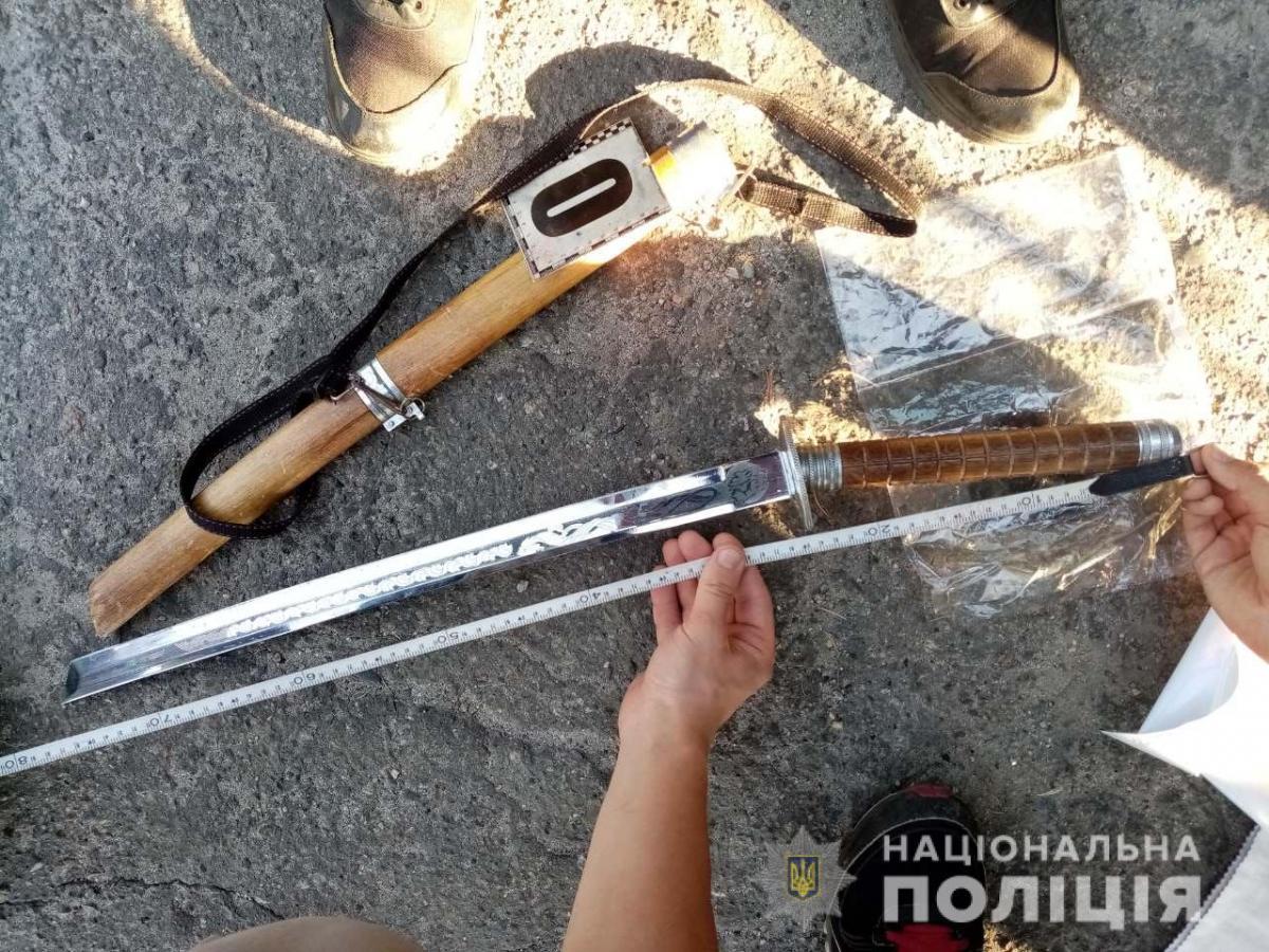 На Харьковщине медикам угрожали мечом / hk.npu.gov.ua
