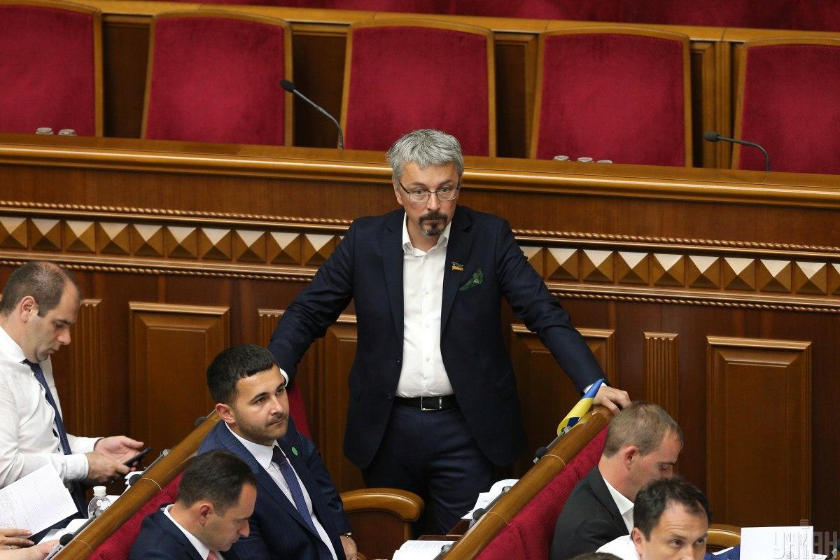 Ткаченко отметил, что Украина является едва ли не единственной страной в Европе, где подавляющее большинство частных СМИ являются убыточными/ УНИАН