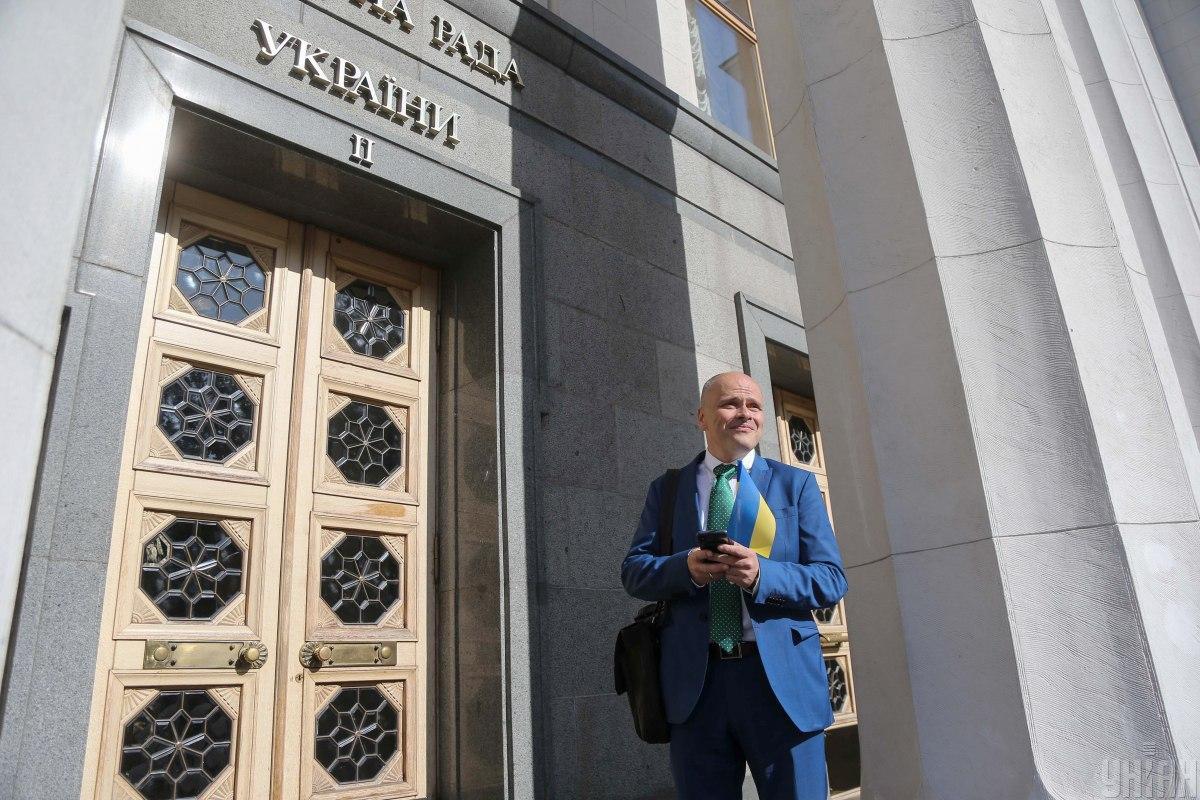 Нардеп от Слуги народа и основатель клиники Борис Михаил Радуцкий заявил, что не собирается возглавить Минздрав / фото УНИАН