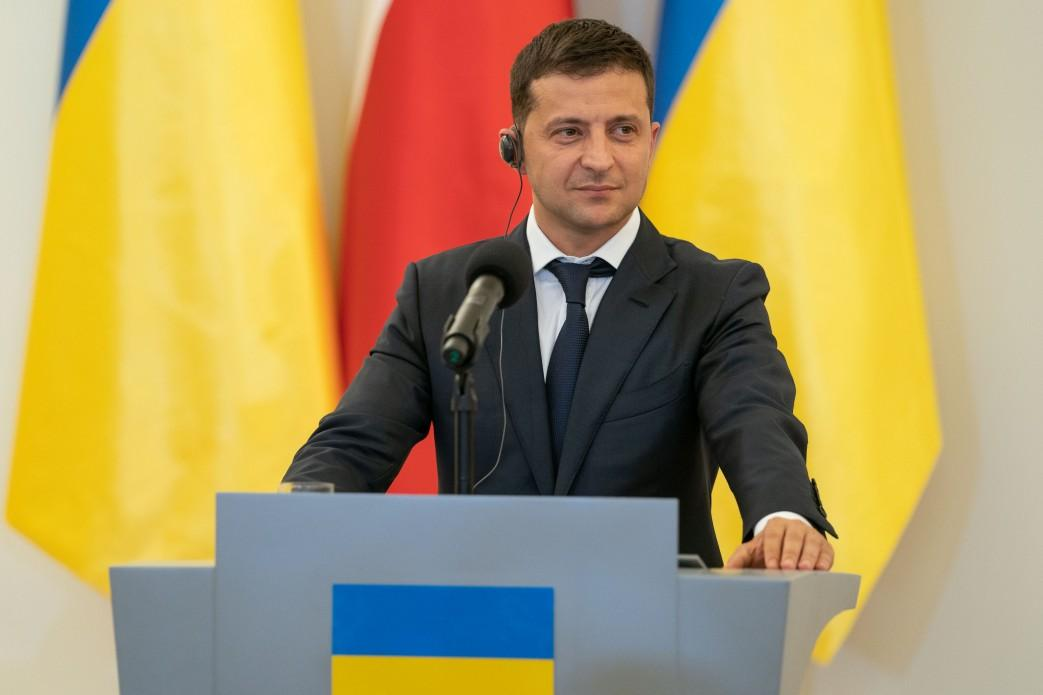 Президент заявив, що в Україні повинен бути закон про захист прав нацменшин / фото president.gov.ua