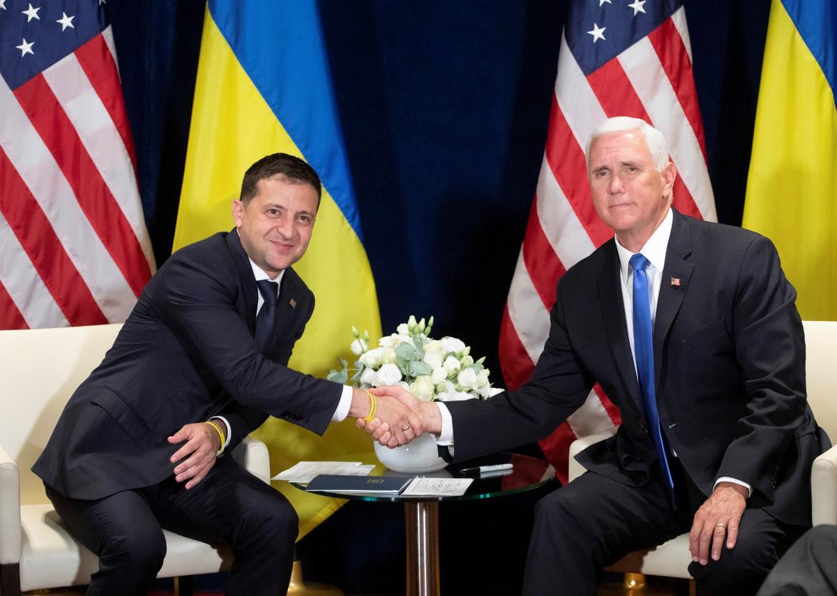 Володимир Зеленський і Майк Пенс / фото REUTERS