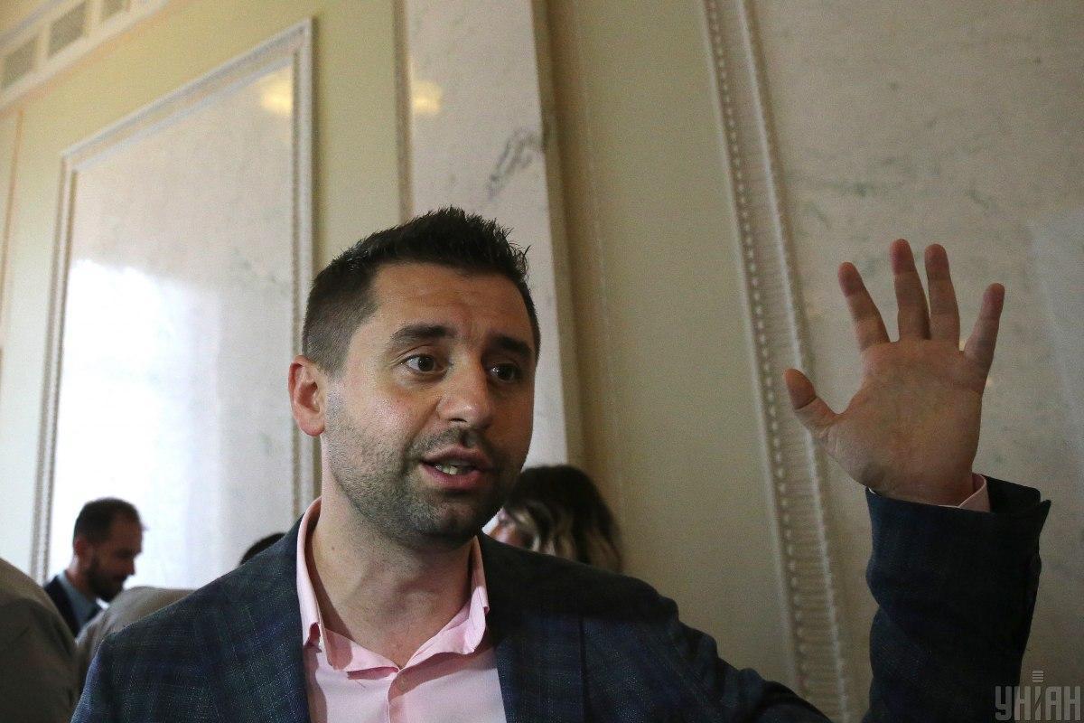 Арахамія заявив, що партіянапрацювала методологію роботи з неформальними групами/ фото УНІАН
