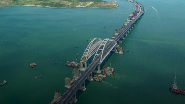 О проседании Крымского моста эксперты предупреждали не раз / twitter.com/Cold_winter_sun