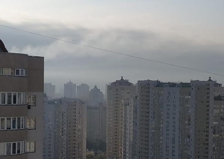 """Робота заводу """"Енергія"""" не є причиною задимленості, запевнив Пантелєєв / фото: golos.ua"""