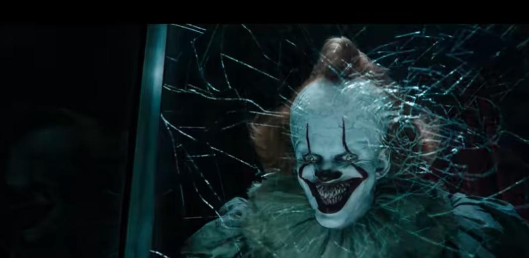 Білл Скарсгорд повернувся до ролі клоуна Пеннівайза / скріншот - кадр з трейлера