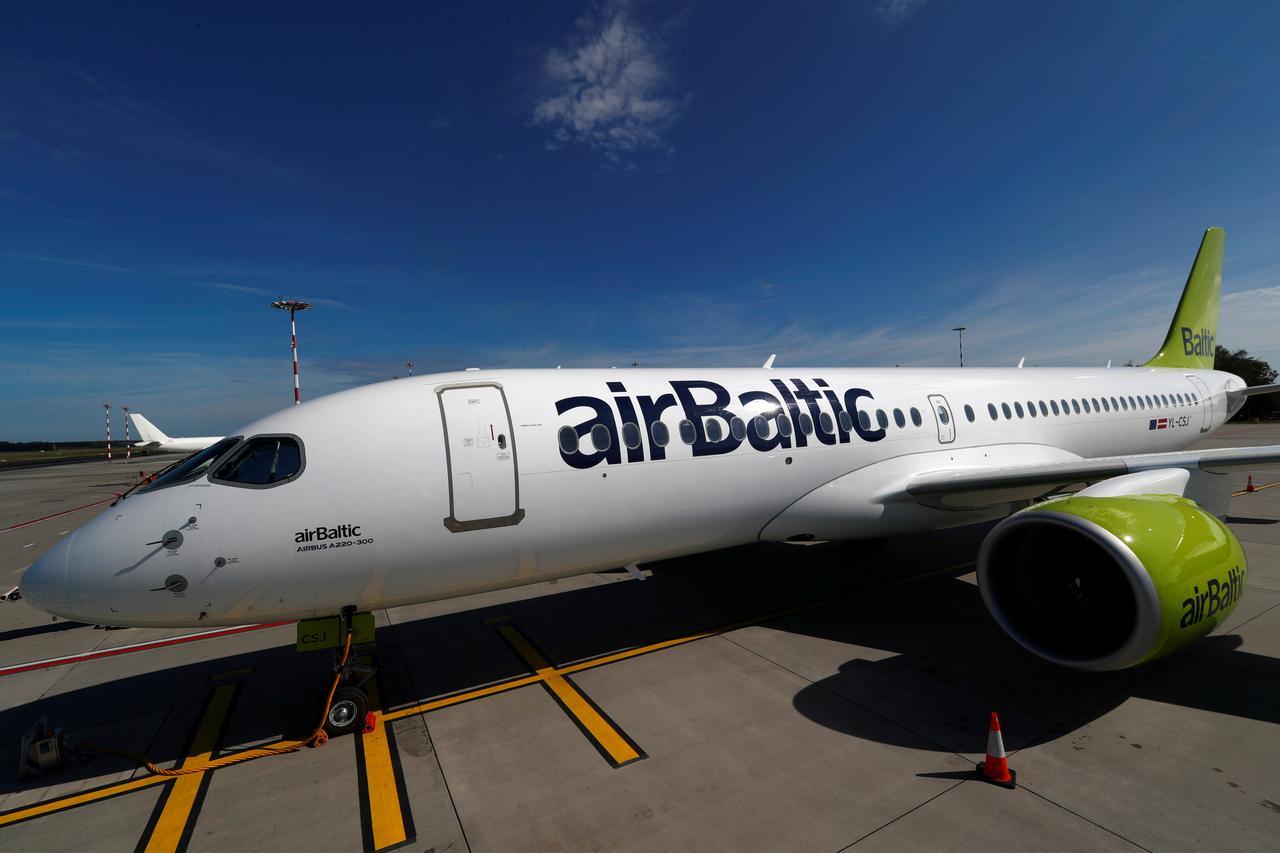 AirBaltic avoids Belarus' airspace / REUTERS