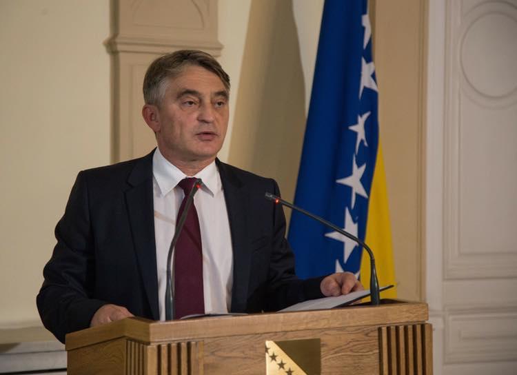 Председательствующий в Президиуме Боснии и Герцеговины Желько Комшич / фото facebook.com/zeljkokomsic.df