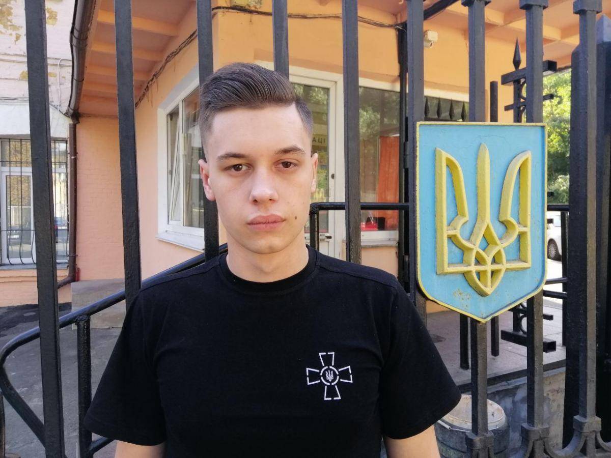 Самый младший из военнопленных Андрей Эйдер был ранен во время атаки россиян в Керченском проливе / Фото Влада Абрамова, УНИАН