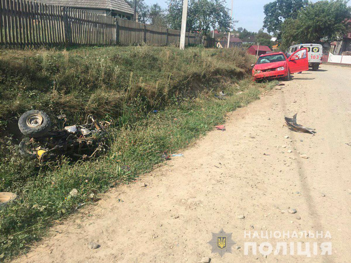 Мальчик внезапно выехал с прилегающей улицы / фото: ГУНП Черновицкой области