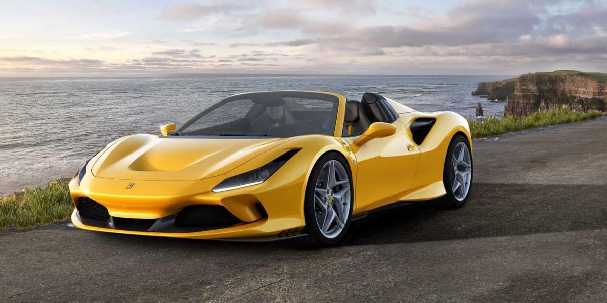F8 Spider здатний прискорюватися з місця до першої «сотні» за 2,9 с / фото Ferrari