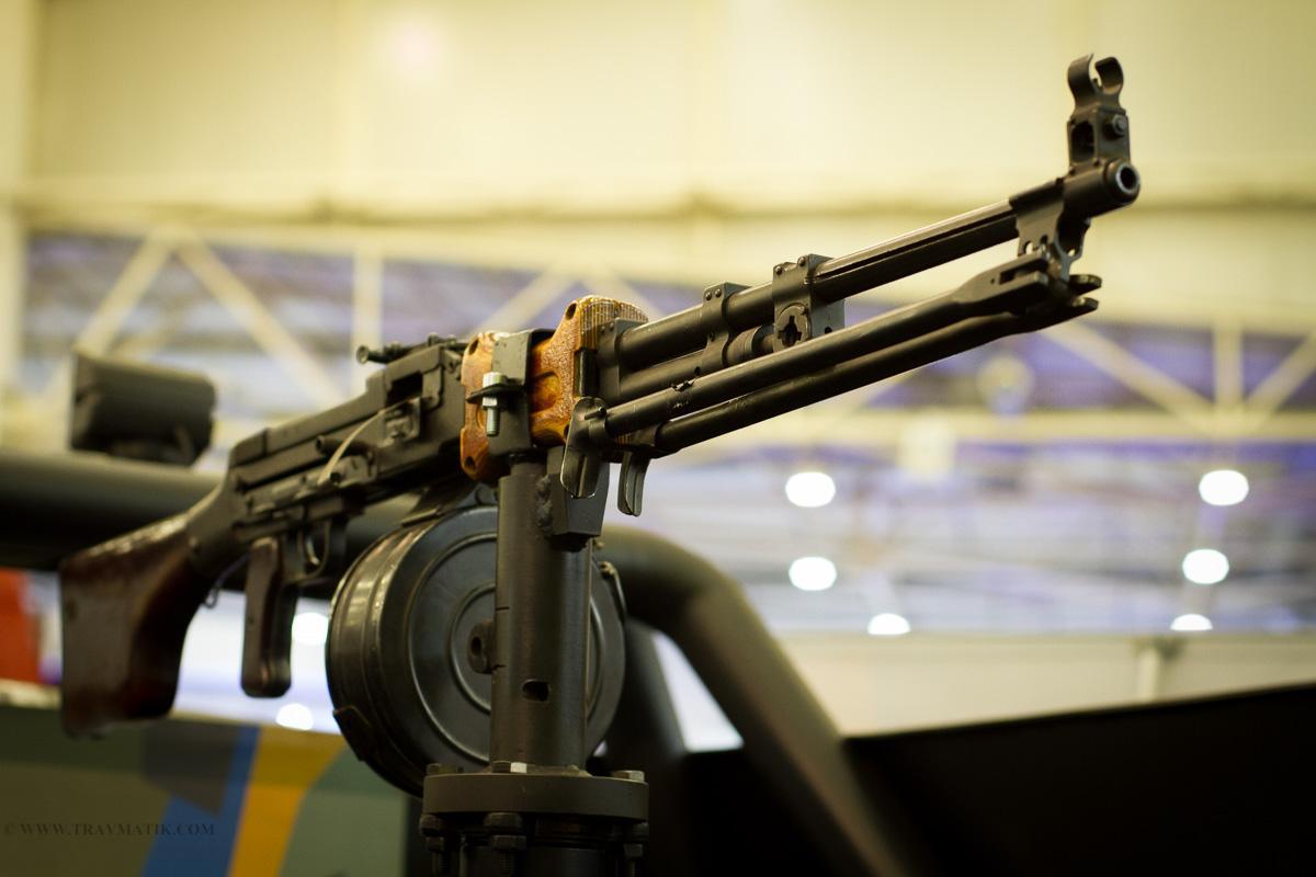 Большинство производителей оружия торгуют со странами, обвиненными в серьезных нарушениях прав человека / travmatik.com
