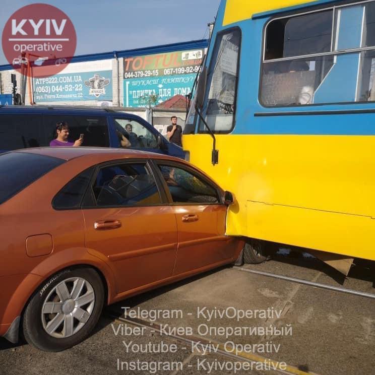 Есть ли пострадавшие в результате инцидента – не уточняется/фото: Киев Оперативный