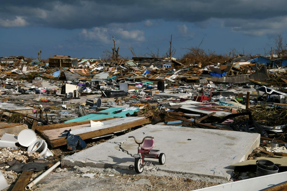"""Наслідки урагану """"Доріан"""" / REUTERS"""