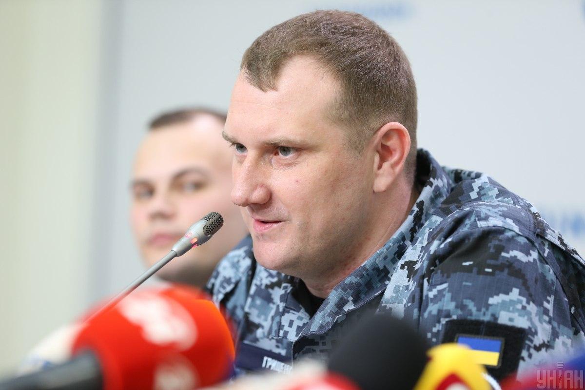 Гриценко заявив, що24 звільнені з полону українські моряки готові продовжити службу в лавах ЗСУ / фото УНІАН