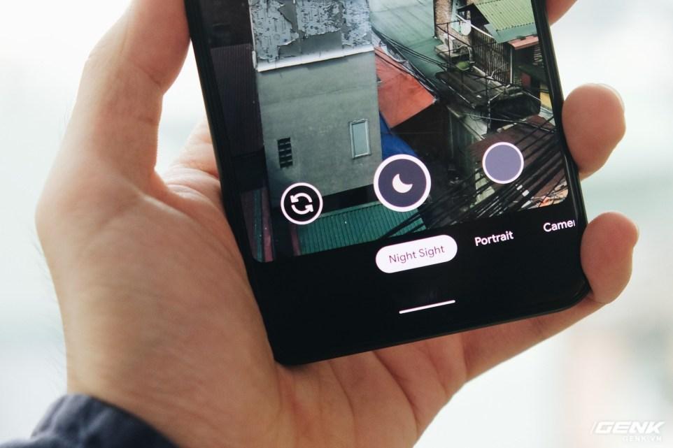 Смартфон может быть разблокирован кем-то другим / фото Genk.vn