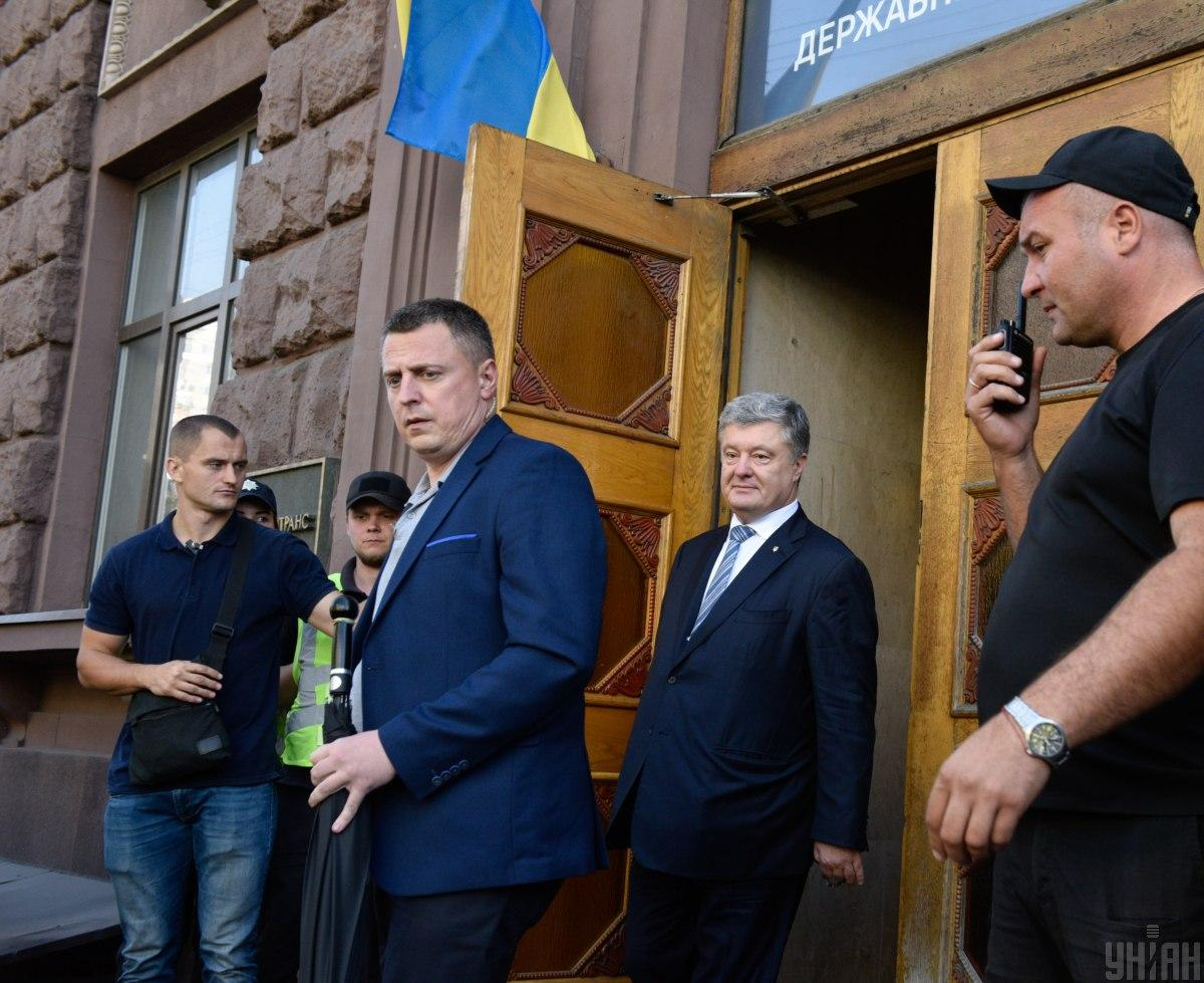 Порошенко фигурирует в13 делахГБР / фото УНИАН