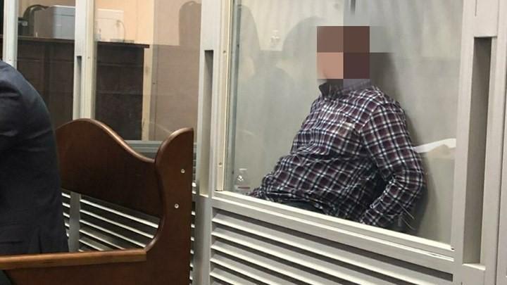 """Андрія Максименкавзяли на """"гарячому"""" під час отримання хабаряу розмірі 90 тисяч доларів / фото: НАБУ/Facebook"""