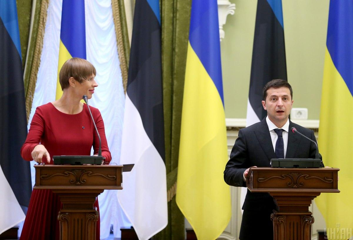 Zelensky (right) meets with Estonian counterpart Kaljulaid (left) / Photo from UNIAN