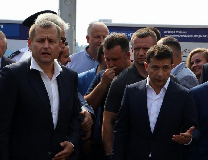Зеленский продолжил пари с Филатовым относительно Центрального автомобильного моста в Днепре / фото Источник