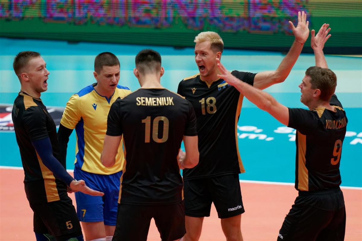 Украинцы проиграли со счетом 0:3 / фото: cev.eu