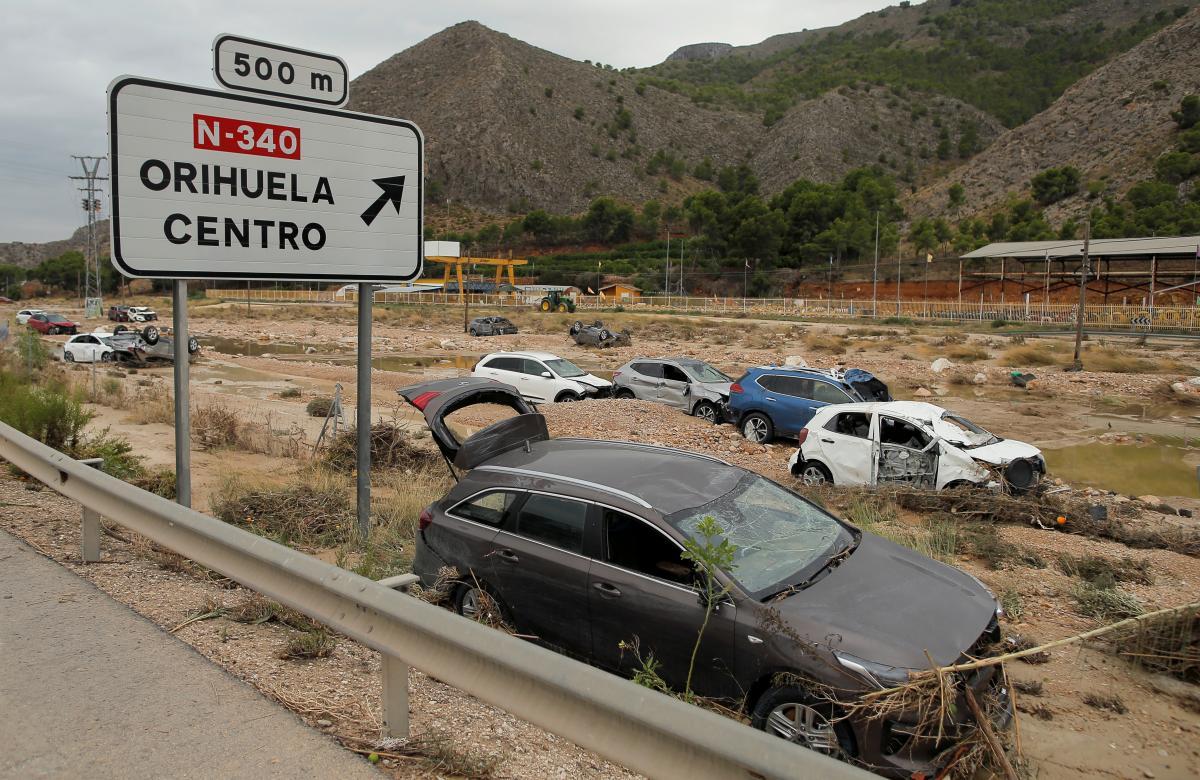 Последствия наводнения в Испании / REUTERS