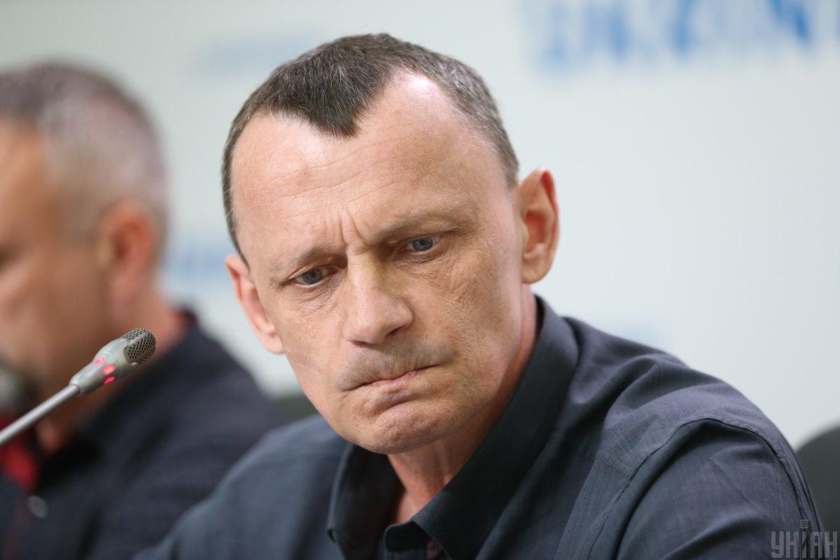 Николай Карпюк рассказал о своих эмоциях во время транспортировки в аэропорт