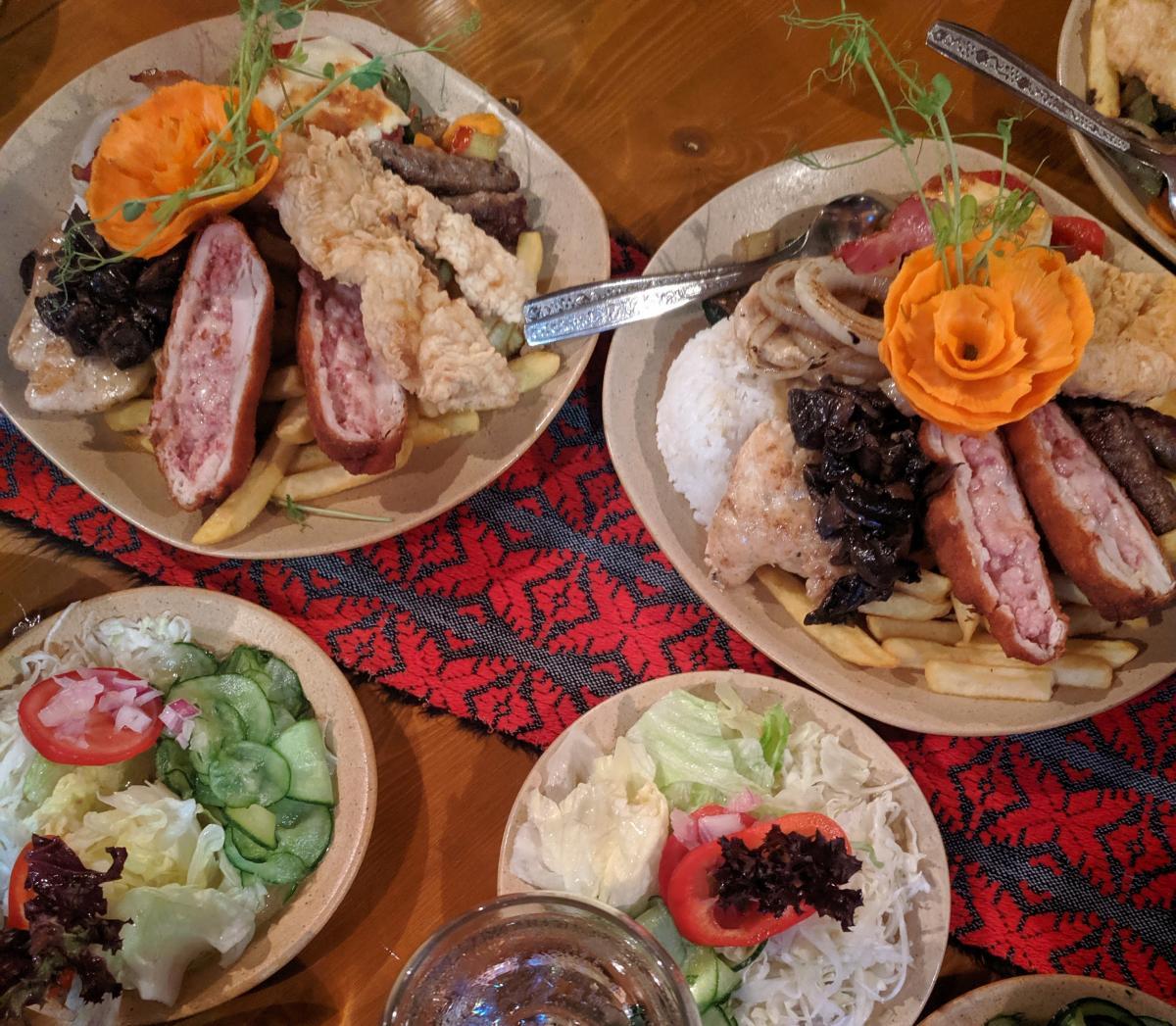 В Венгрии на одной тарелке уживаются рис и картошка фри / УНИАН