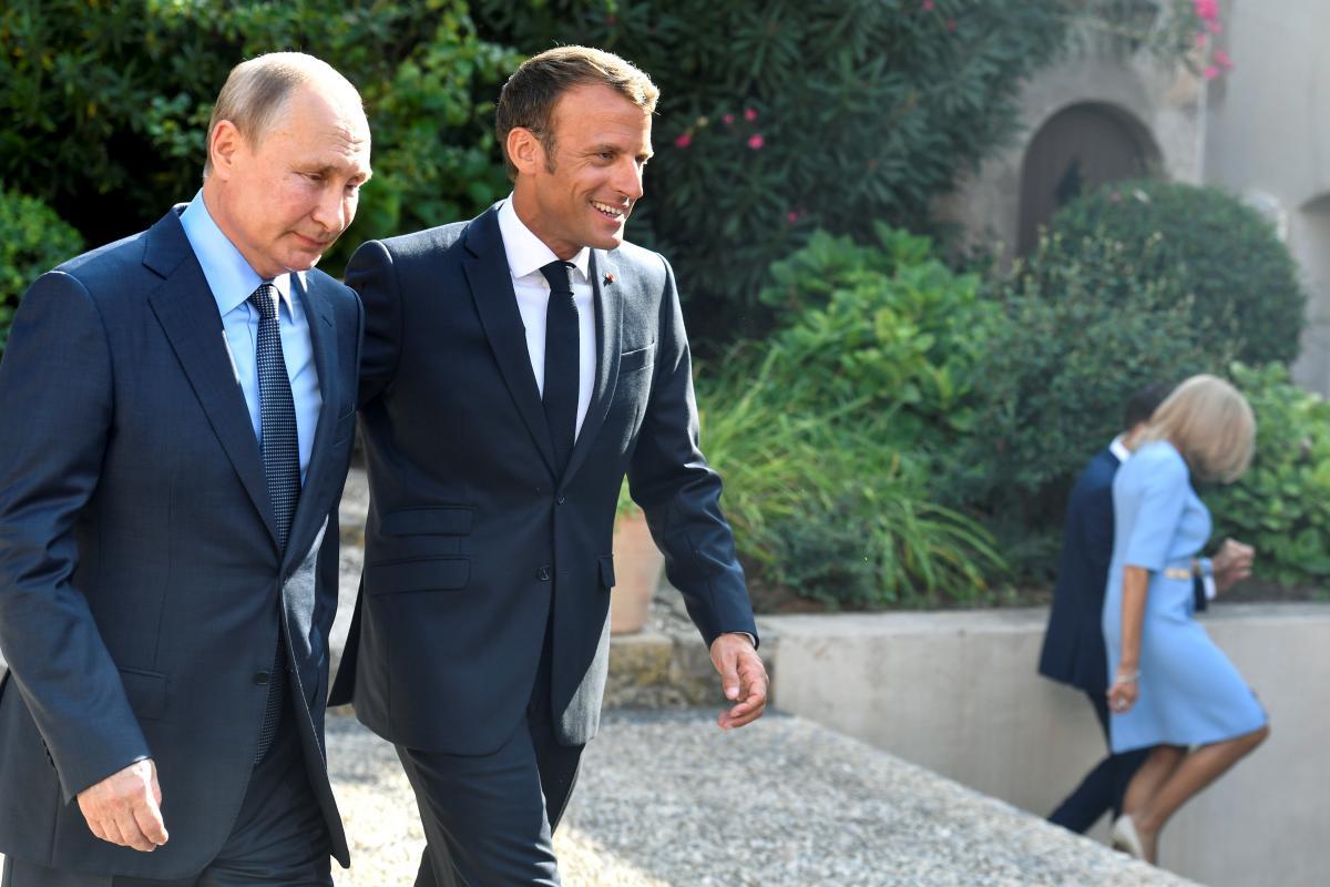 Владимир Путин и Эммануэль Макрон / Фото: REUTERS