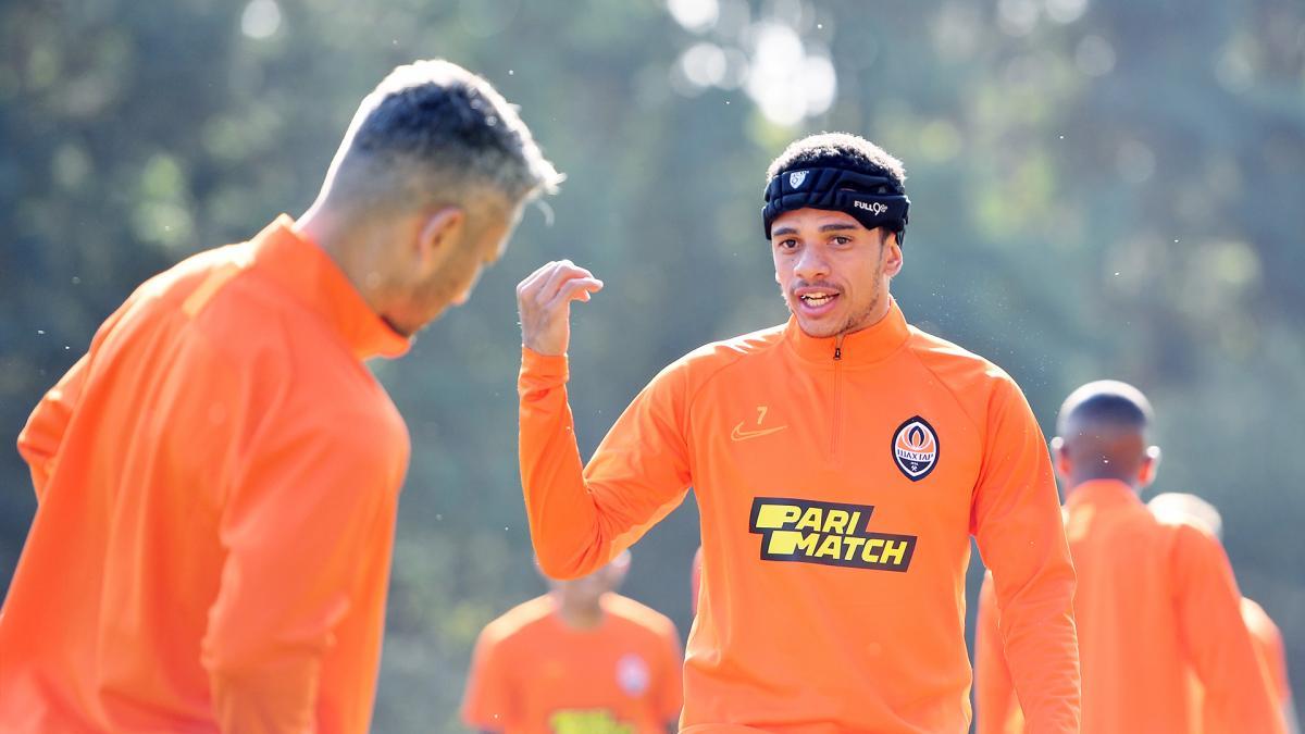 Тайсон тренувався в загальній групі / фото: ФК Шахтар