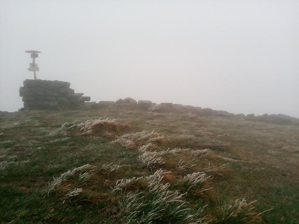 В Украине выпал снег / www.facebook.com/chornogora.rescue112