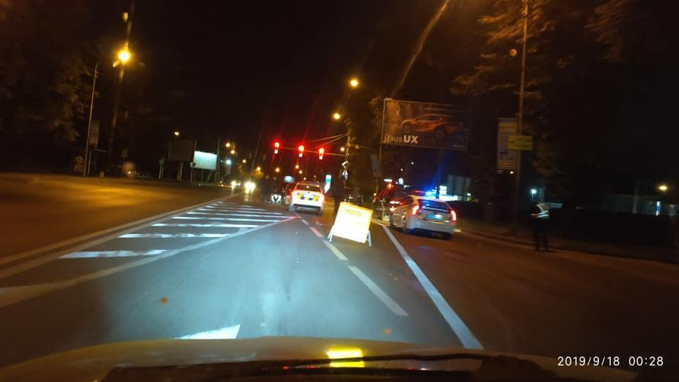 П'яний водій на червоній Dacia Logan влаштував дві аварії в один день / varta1.com.ua