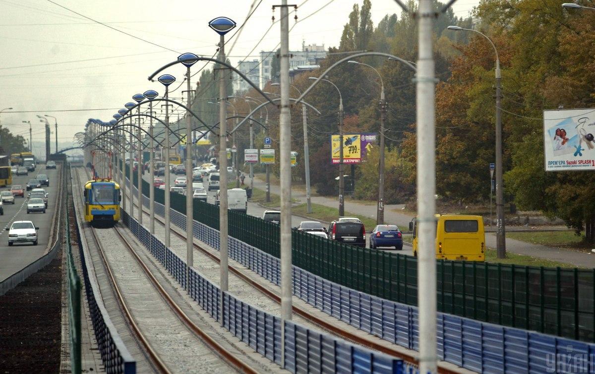 Рух швидкісного трамвая на Борщагівку відновлять до 1 жовтня / фото УНІАН