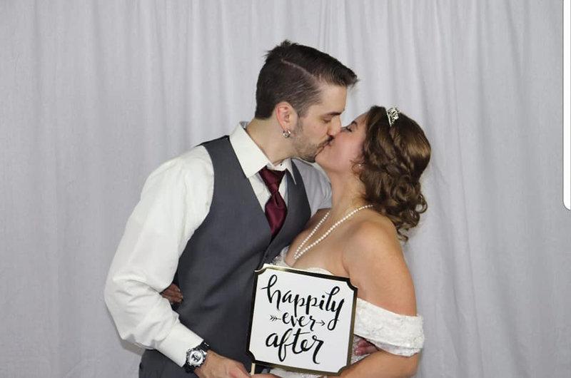 После свадьбы жениха ждал сюрприз / фото Cameron Fischer