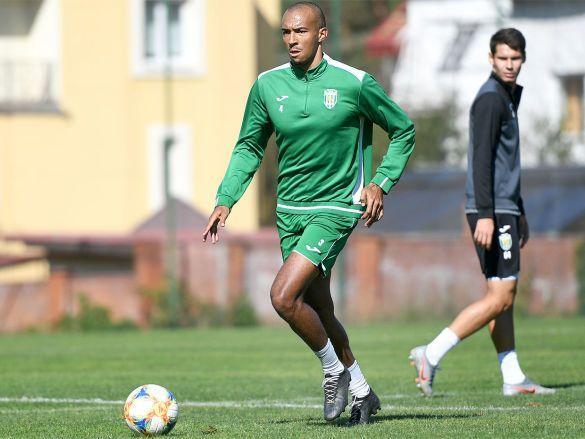 Лоренцен уже тренируется с Карпатами / фото: ФК Карпаты