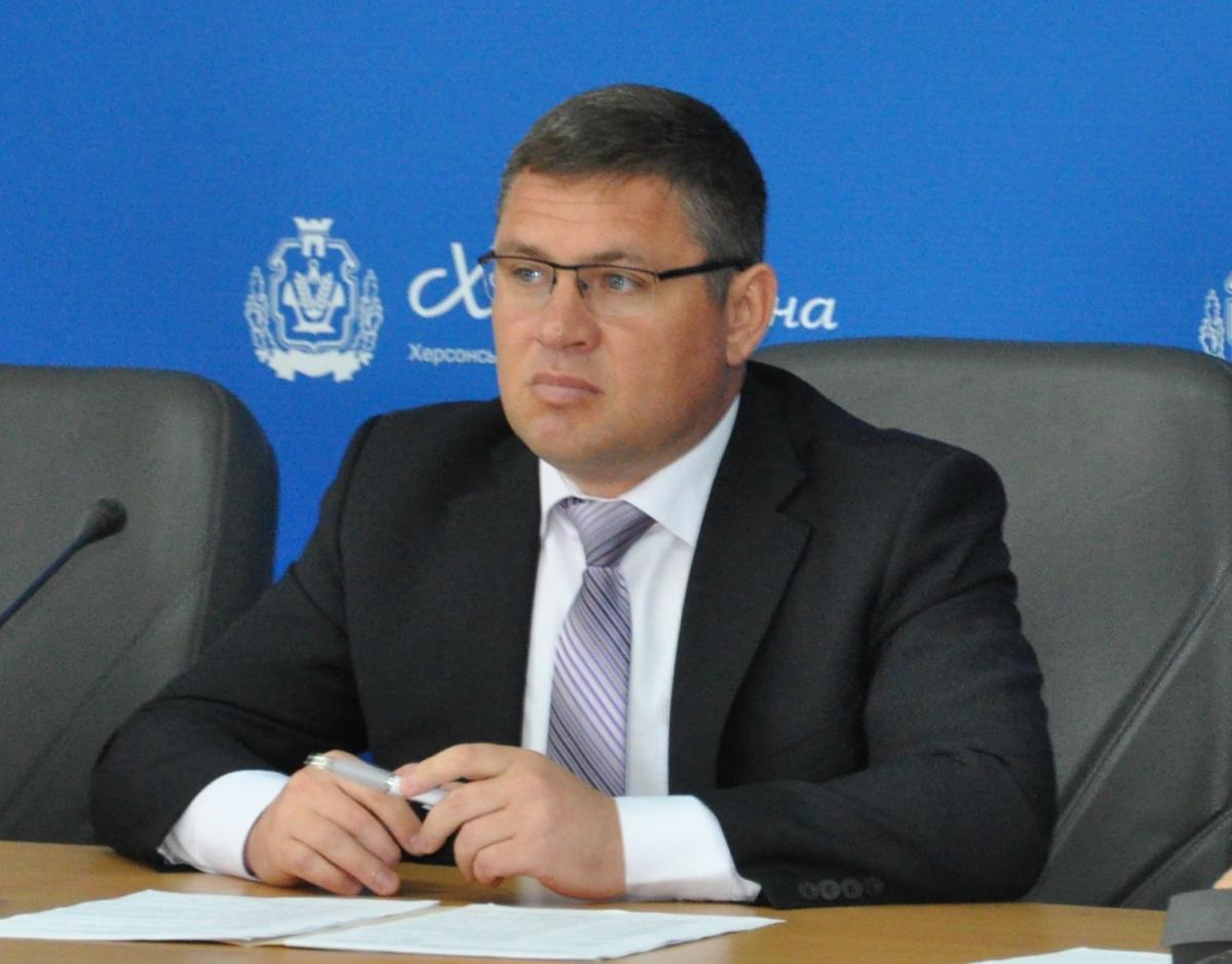 Депутата облсовета подозревают в совершении хулиганства / oleshki.ks.ua