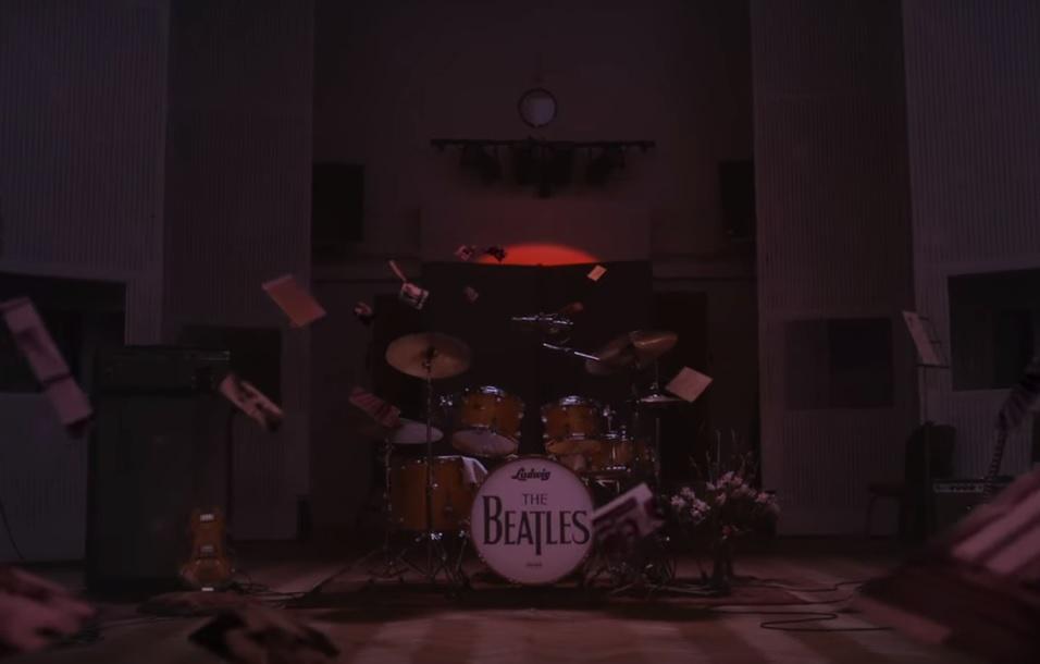 В сети появился клип на песню Here comes the Sun от The Beatles / скриншот - Youtube