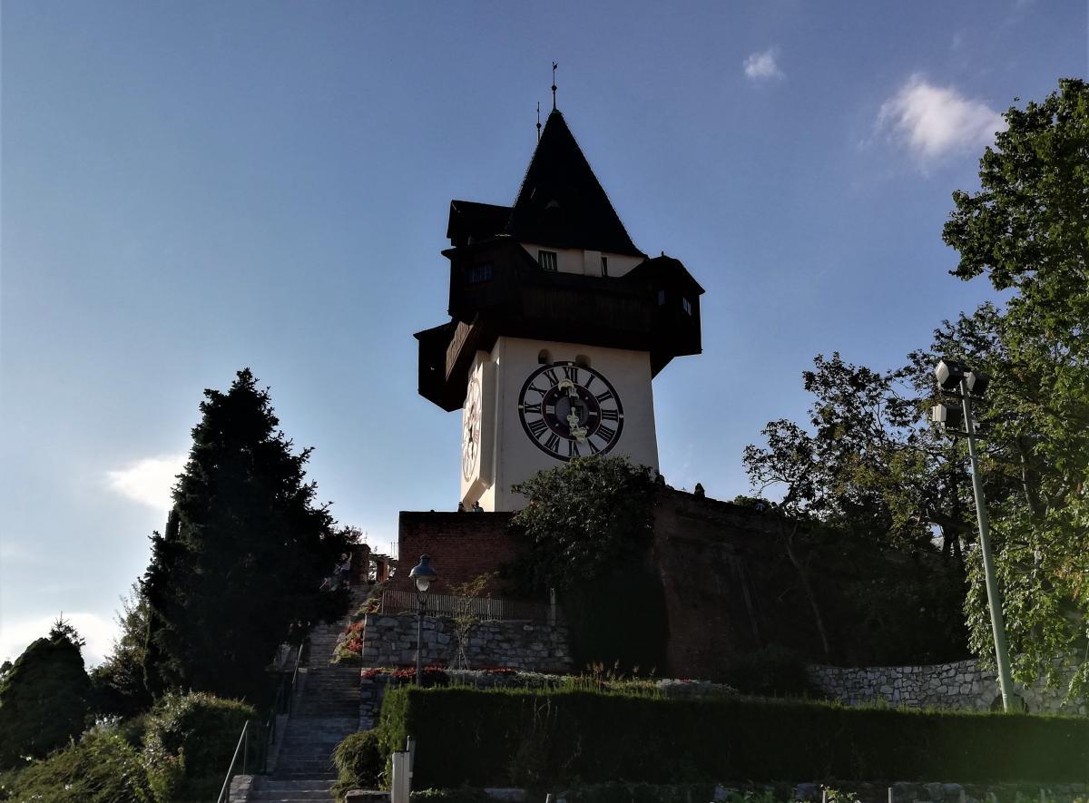 Часовая башня Шлосберга / Фото Марина Григоренко