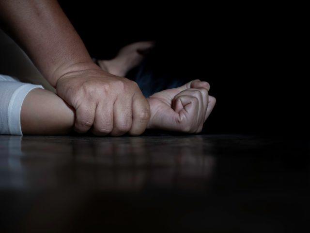 У Рівномувійськовий зґвалтував школярку біля школи/ фото anthonycarbonepersonalinjurylawyer.com