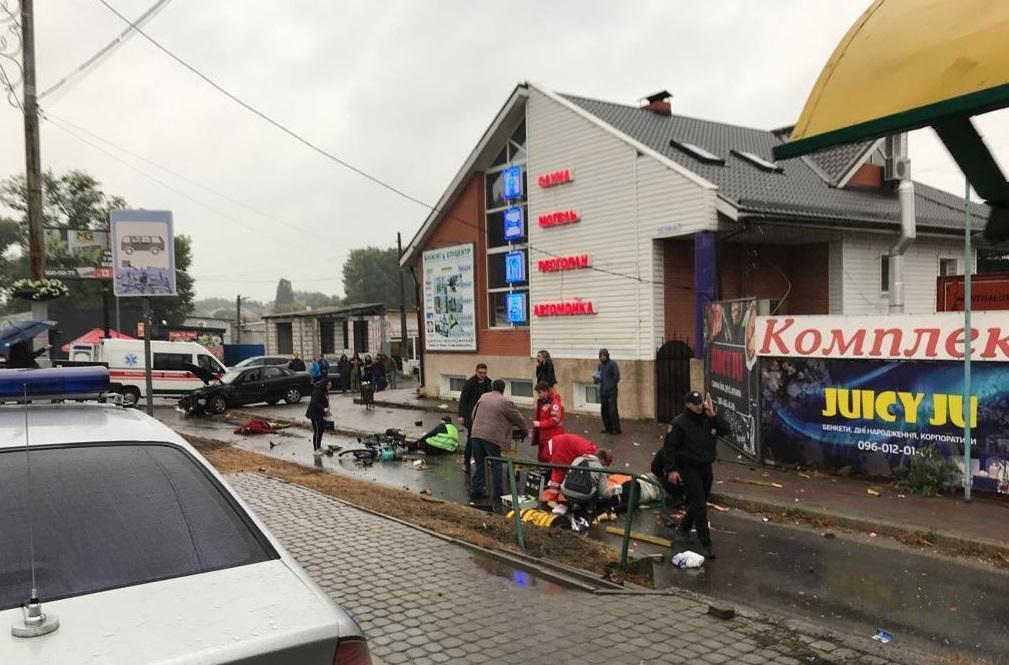 Суд арестовал полицейского, который сбил людей в Броварах / фото полиции