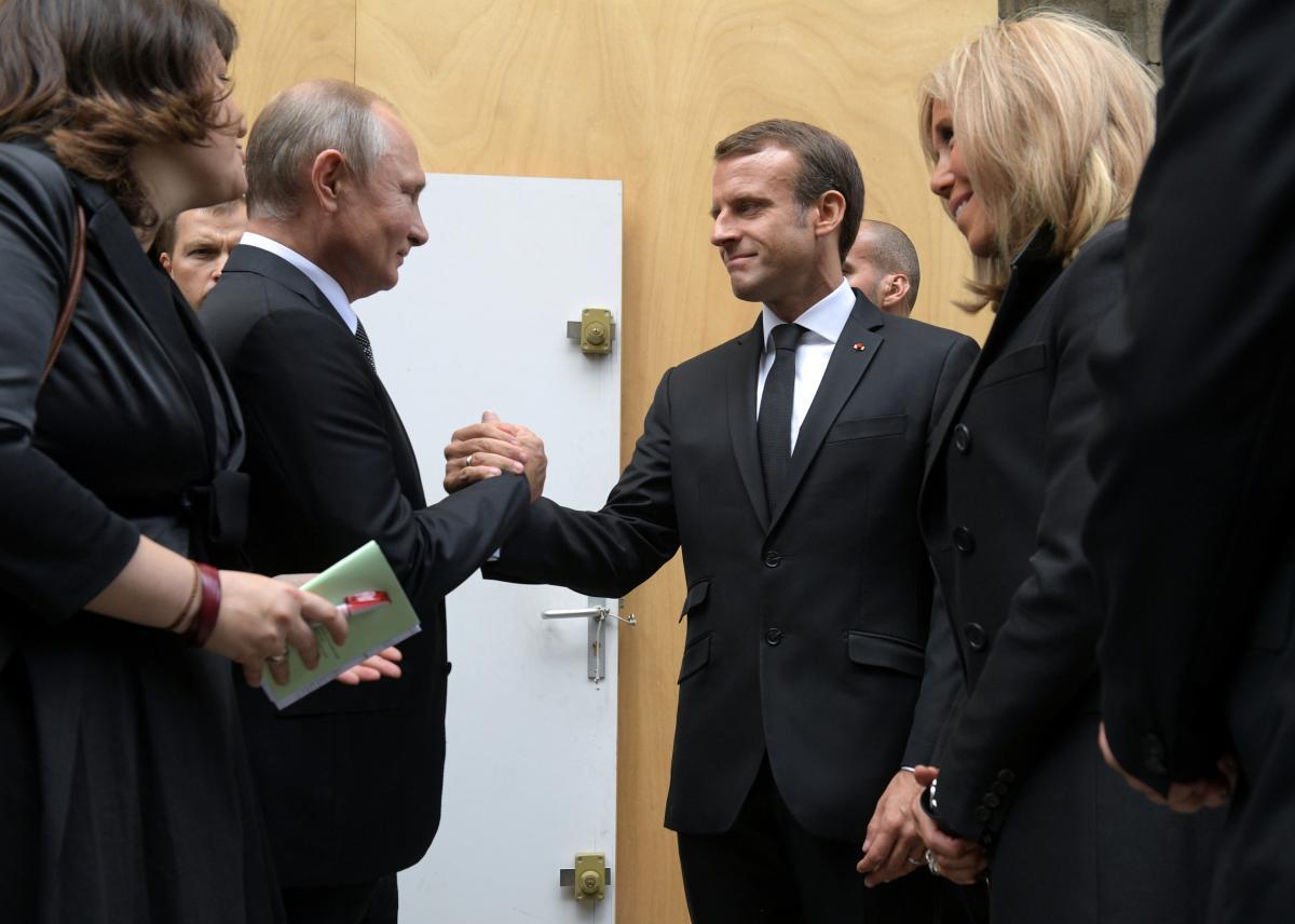 Владимир Путин и Эммануэль Макрон / REUTERS