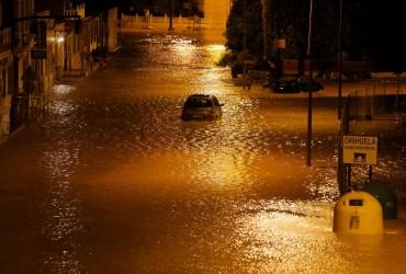 Іспанію накрили зливи з грозами