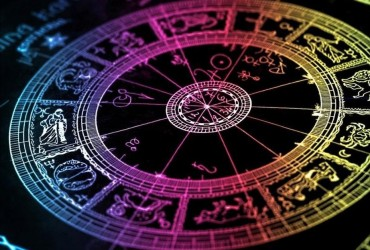 Астролог назвал три знака Зодиака - счастливчика декабря 2019