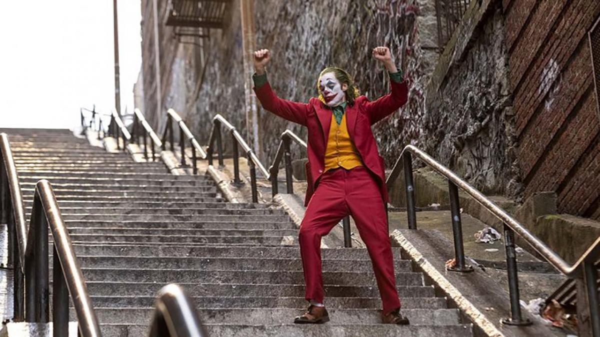 "Сцена з танцем на сходах з фільму ""Джокер"" вже стала культовою / Фото: YouTube"
