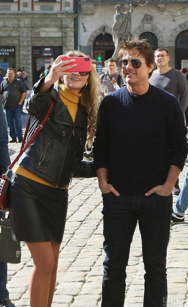 Tom Cruise in Ukraine's Lviv - UNIAN Photoreport