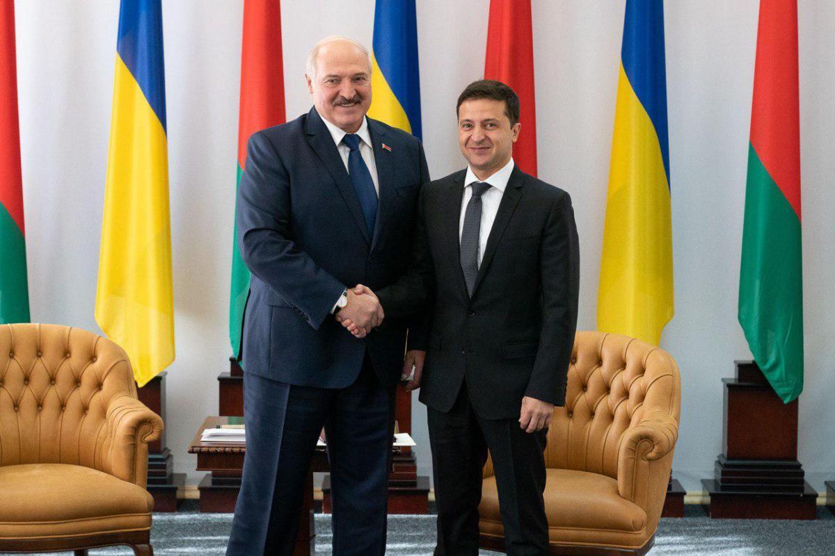 Зеленский и Лукашенко проводят встречу / фото president.gov.ua