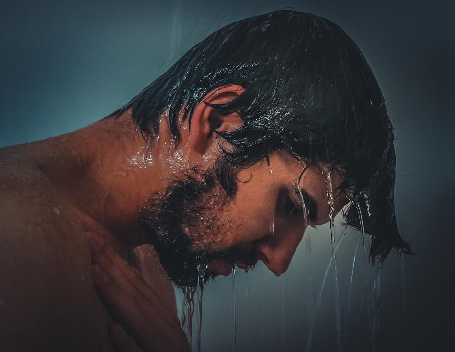 Чоловічий день повинен починатися та закінчуватися гігієнічним душем / фото pixabay.com