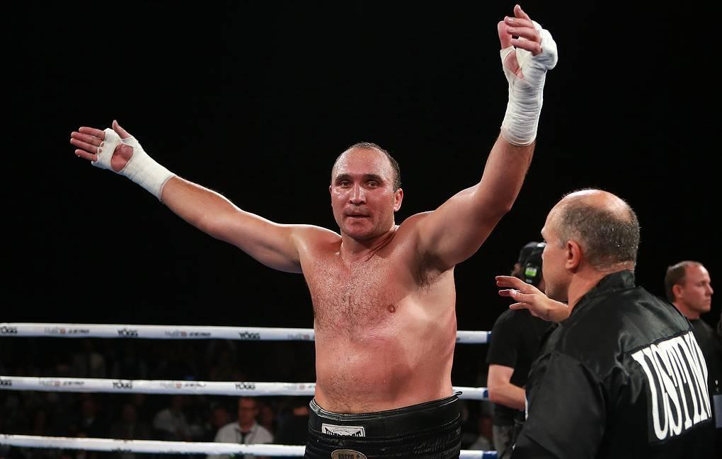 Устінов є досвідченим боксером / фото: BoxingScene
